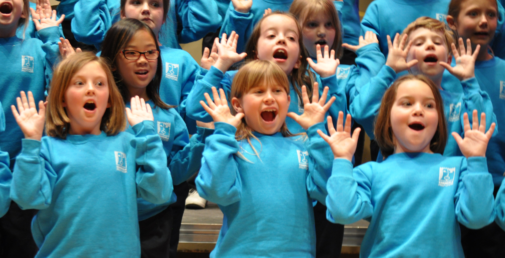 Group Singing Encourages Children to be more Calm, Confident & Creative.